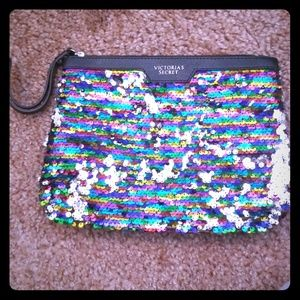 Rainbow sequins clutch